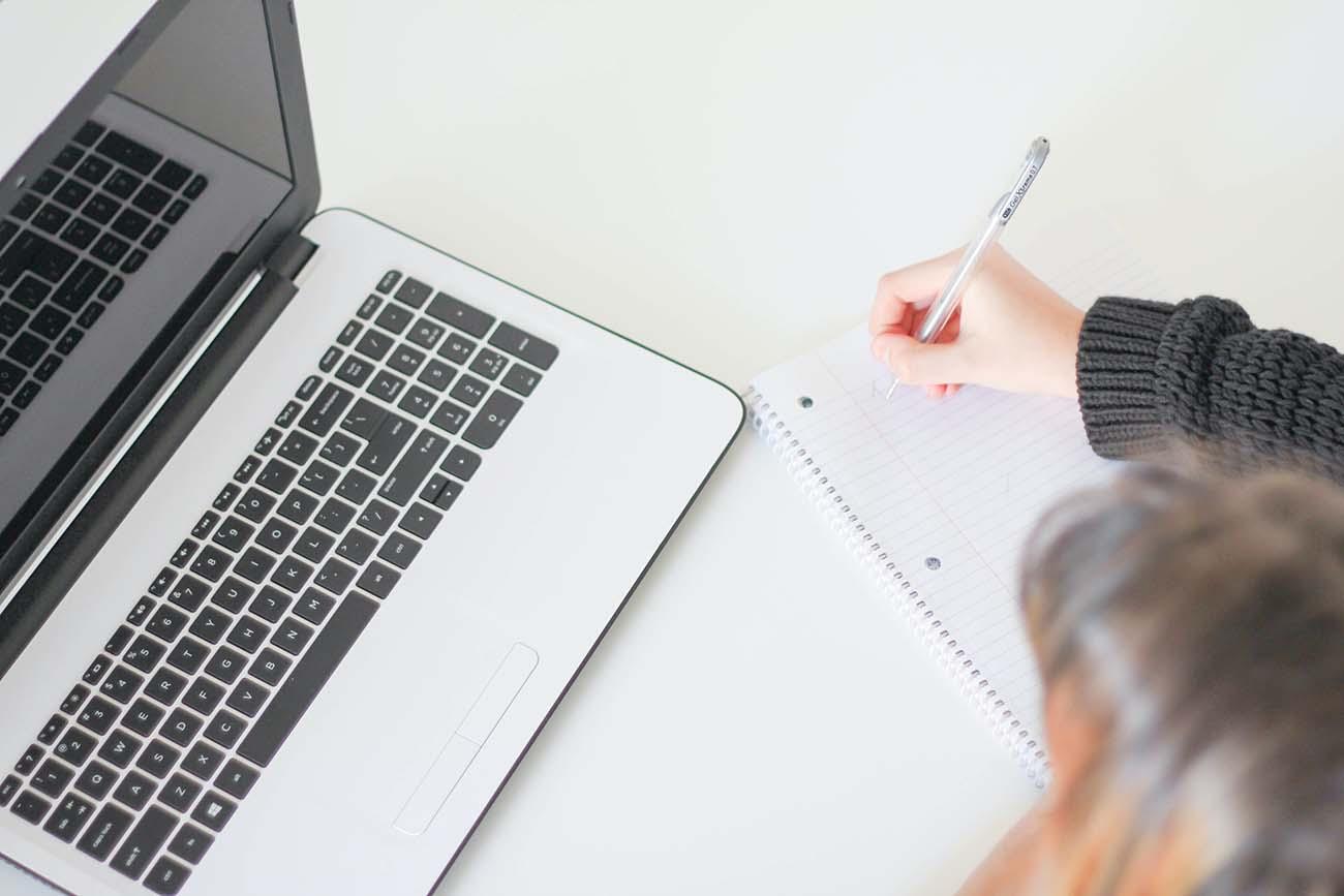 Girl learning online.